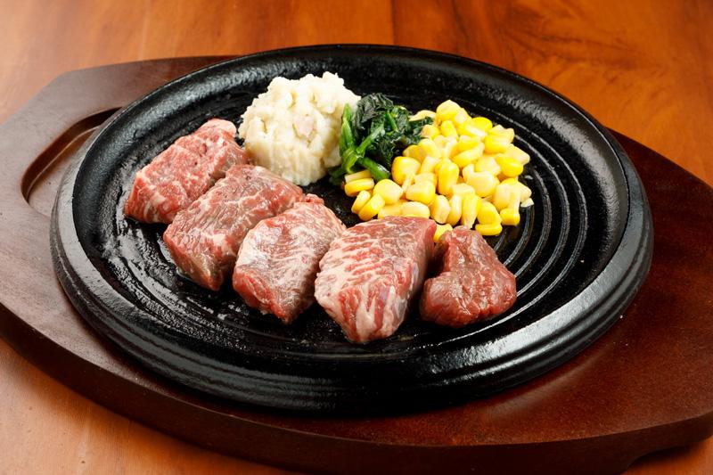 赤身ステーキ<span>Pre-Cut Steak</span>