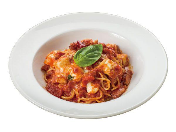 とろとろモッツァレラチーズとバジルの さわやかカプレーゼ<span>Pasta Caprese with Melting  Mozzarella Cheese and Fresh Basil</span>