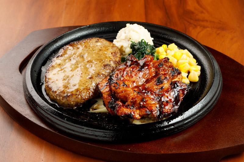 やわらか合い挽きハンバーグ&スパイシースペアリブ<span>Hamburger(Ground Beef abd Pork) & Spicy spare ribs</span>