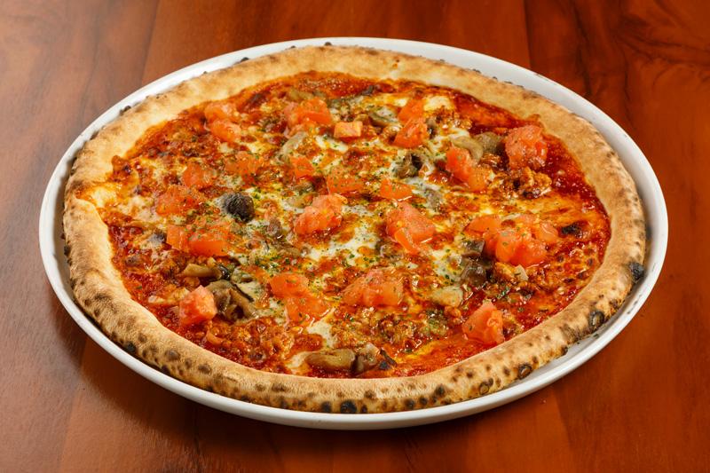 木の子と挽き肉のBBQピッツァ フレッシュトマト<span>BBQ Pizza with minced meat and Fresh tomatos</span>
